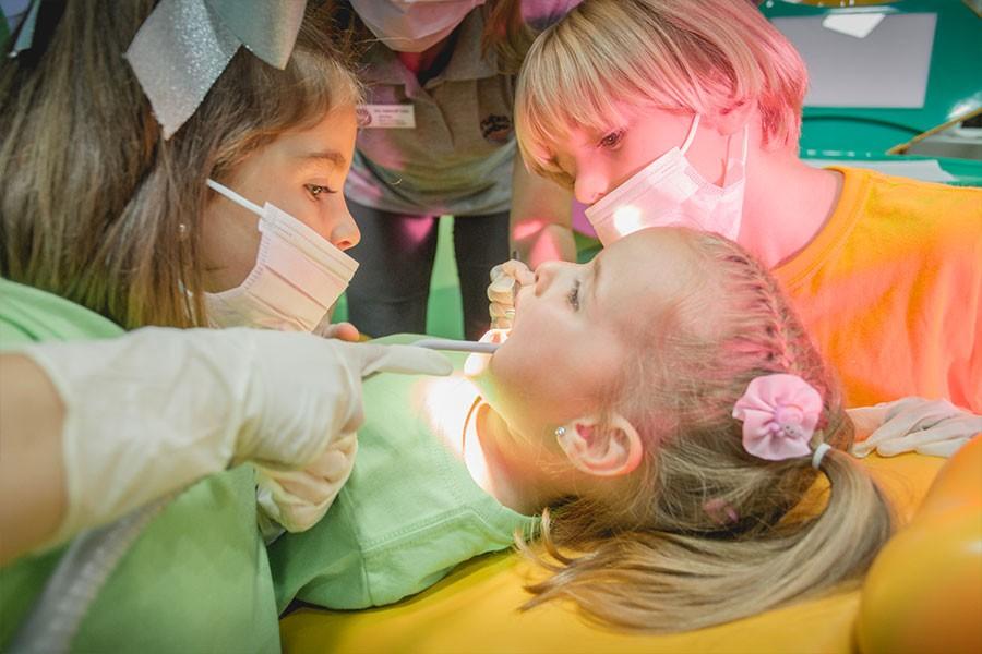 Siéntete dentista por un día