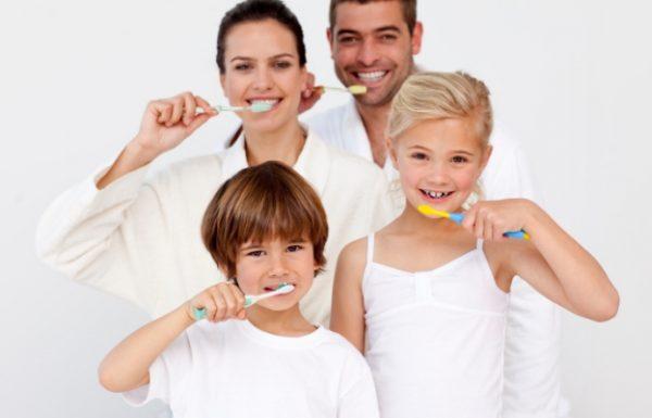 Hábitos de higiene dental apropiados en Casa (por edades)