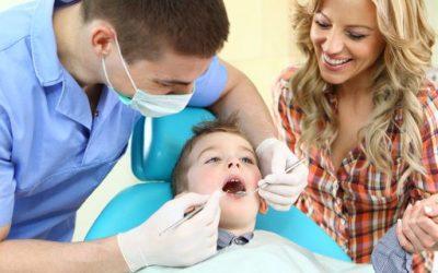 La primera visita del niño al dentista, Clínica dental Ruiz y Cobo Úbeda y Baeza