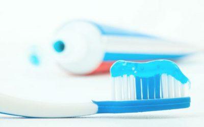 ¿Cuánta pasta de dientes debo usar?